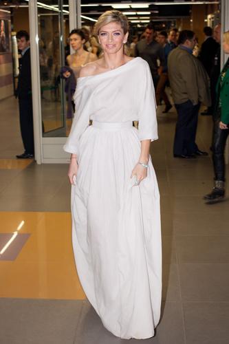 Белое платье как у веры брежневой